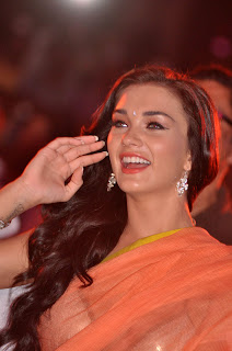 Amy Jackson Wallpapers Free Downlload