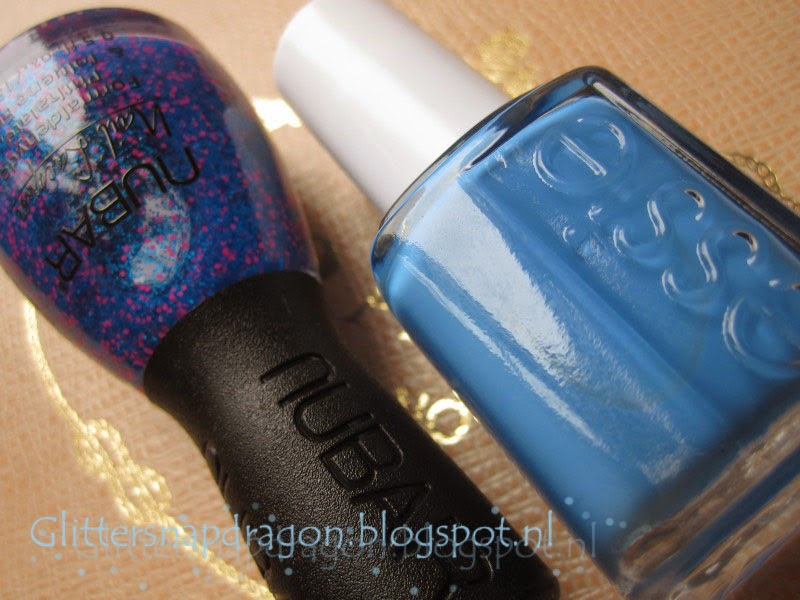 Essie Avenue Maintain Nubar Berry Blue Crush