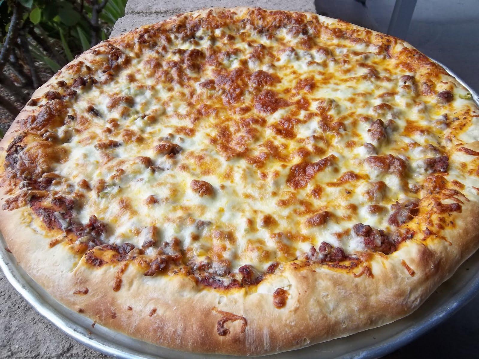 Cheeseburger pizza from frugalanticsrecipes com