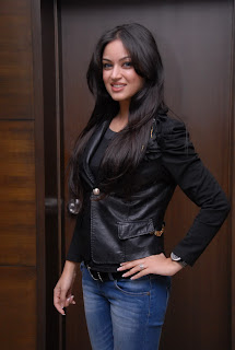 Maryam Zakaria in Spicy Black Leather Jacket Long Hairs Beautiful Spicy Look