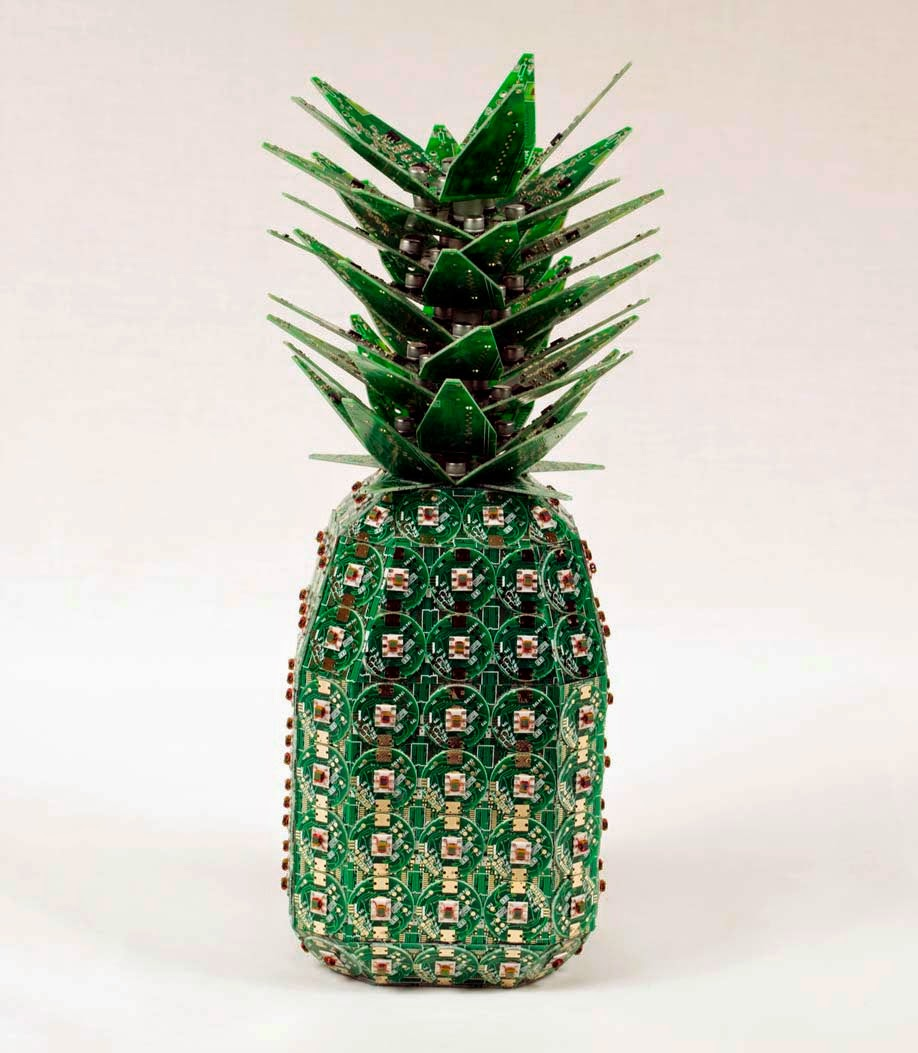 11-Pineapple-Steven-Rodrig-Upcycle-PCB-Sculptures-from-used-Electronics-www-designstack-co