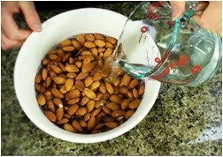 Kacang almond untuk ibu hamil