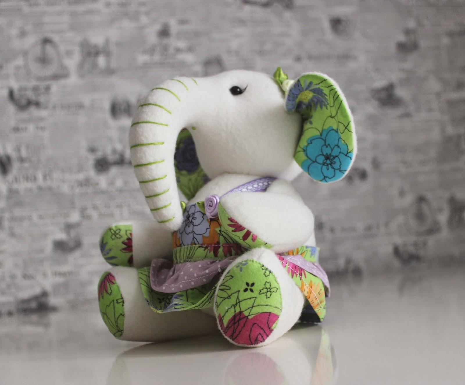 игрушечный слоник