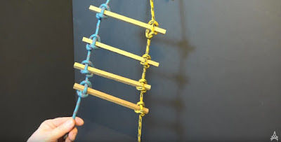 ladder made out of Marlingspike Hitch knots