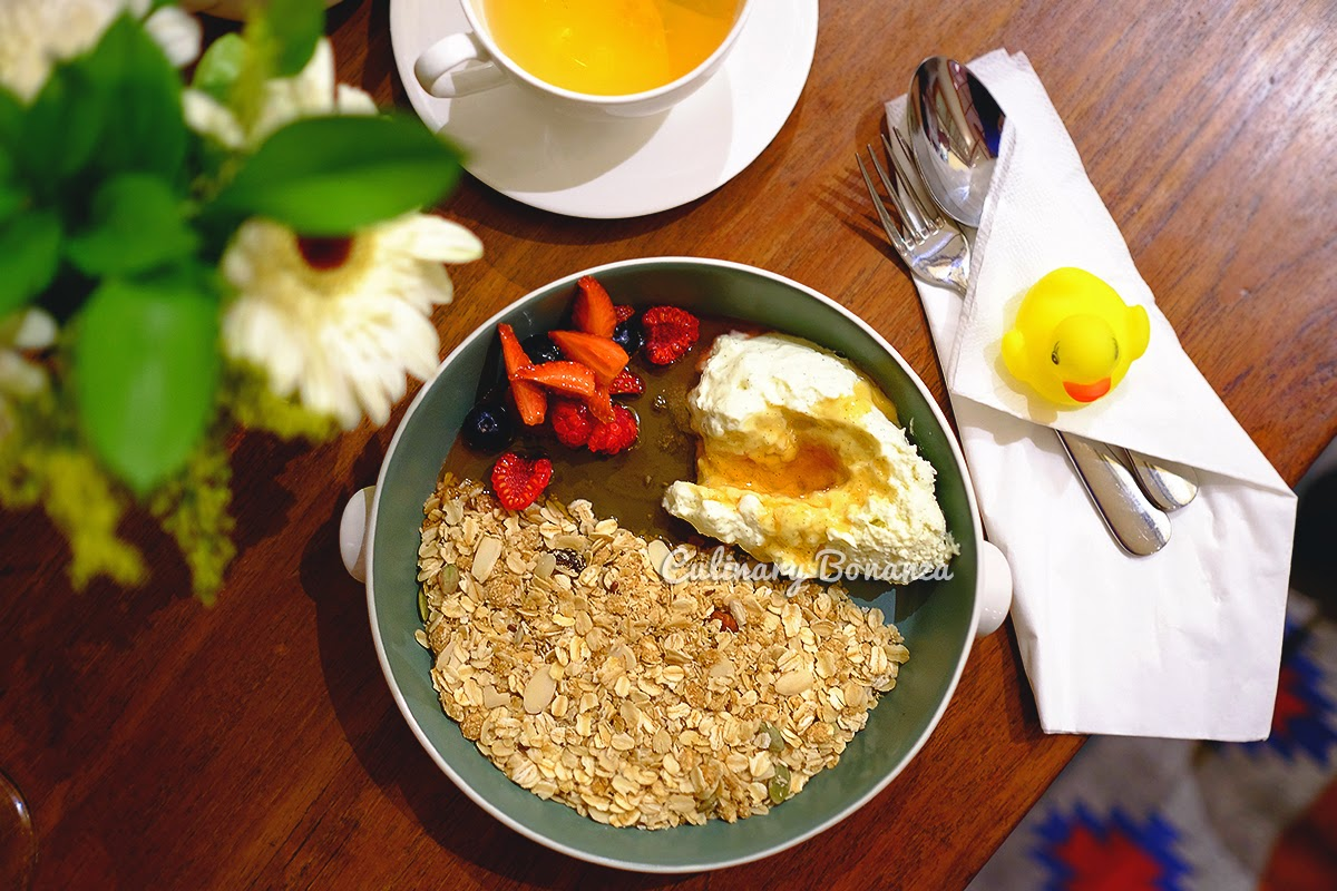 Homemade Granola - Benedict Jakarta (source: www.culinarybonanza.com)