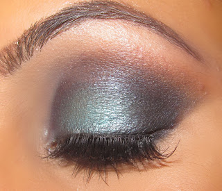 mac, turquatic, blue, glitter, eyeshadow, cheryl cole, blue smokey, blue glitter, blog, look