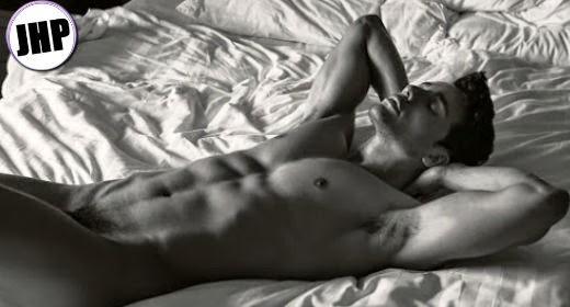 Iccaro Pereira desnudo