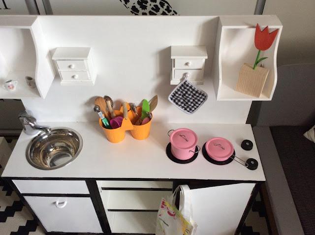 Kuchnia dla dziecka DIY  Mama trojki pl -> Kuchnia Drewniana Dla Dzieci Diy