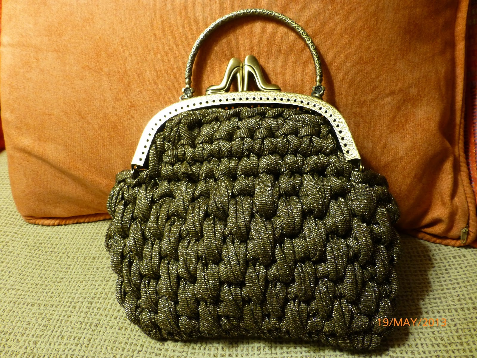 Marta 39 s crochet projects bolso de vestir de trapillo for Bolsos de crochet de trapillo