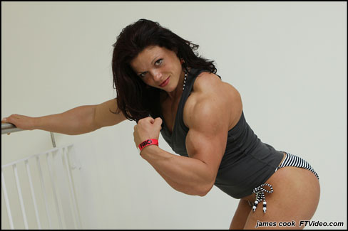 Oana Hreapca Female Muscle Bodybuilding Blog FTVideo