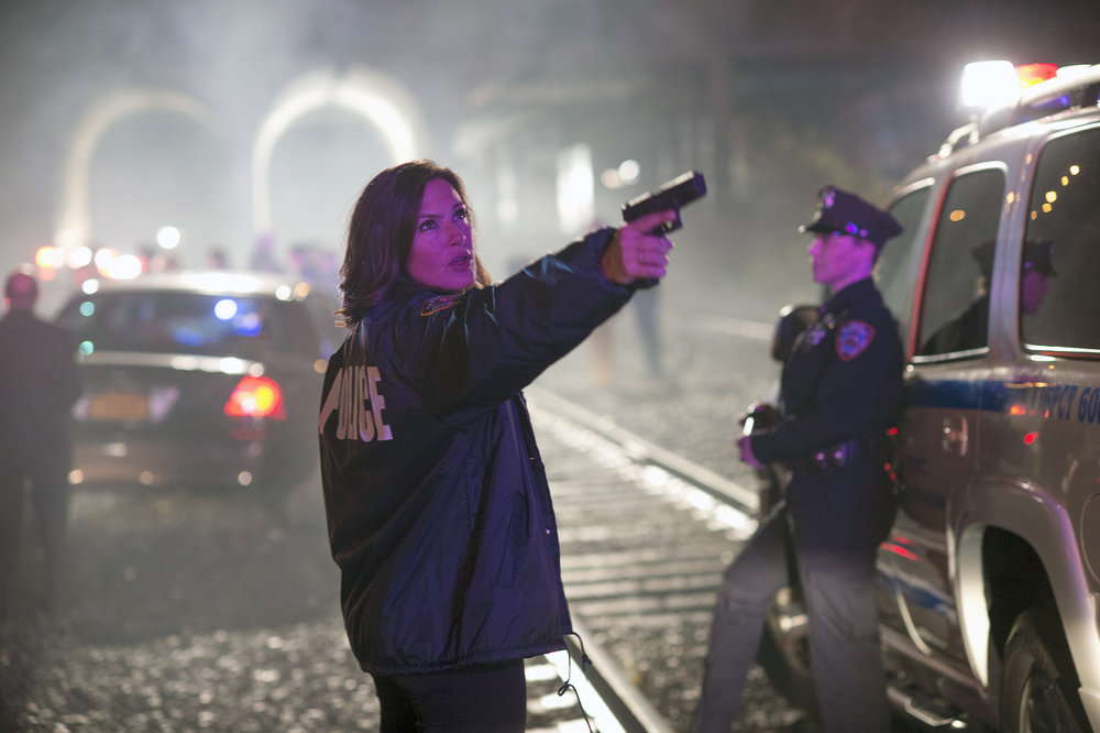 Law and Order: SVU - Episode 15.24 - Spring Awakening (Season Finale) - Promotional Photos and 4 Sneak Peeks