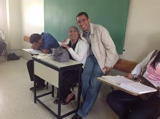 La profesora Miguelina y Jeovany Aracena