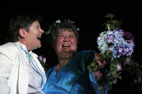 Kitty Lambert e Cheryle Rudd foram o primeiro casal do mesmo sexo reconhecido em Nova York (Foto: David Duprey/AP)