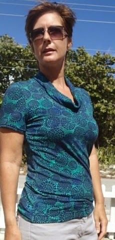 http://so-sew-easy.com/on-a-roll-t-shirt-pattern/