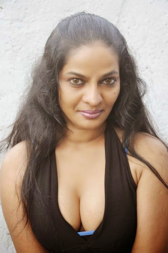 Unseen Indian Mallu Aunty Hot Pictures