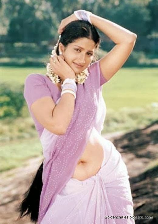 actress navel below saree images