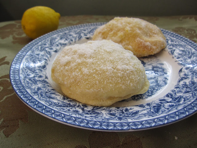 Baked Lemon Doughnuts Filled with Lemon Jelly