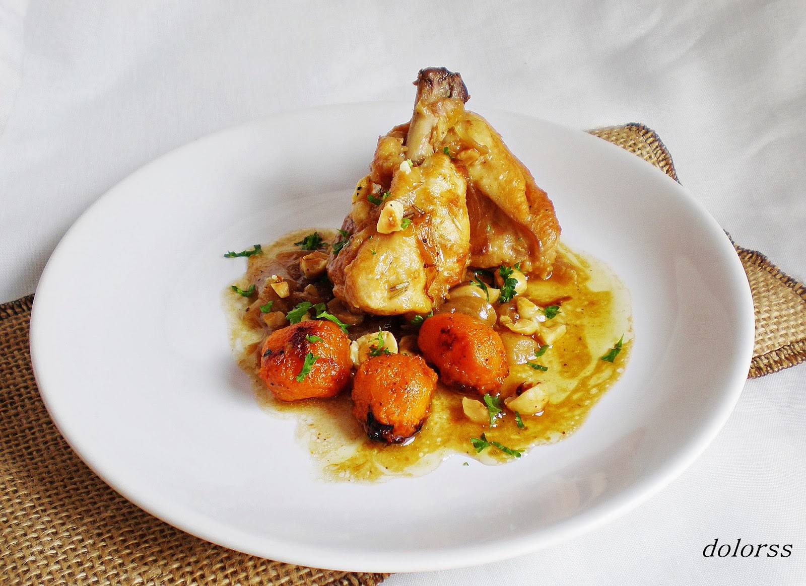 Blog de cuina de la dolorss pollo de corral encebollado a - Pollo de corral guisado ...