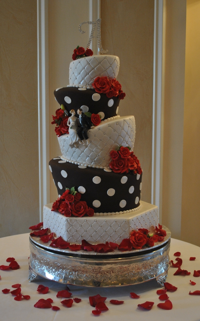 The Cake Zone: Topsy Turvy Wedding Cake