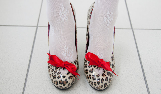 shoes, high heels, bordello, cheetah