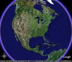 """Madrid, 27 ene (EFE). La nueva versión de Google Earth """"suaviza"""" el efecto mosaico que aparecía en las imágenes panorámicas, incluye una nueva interfaz de búsqueda e incorpora la posibilidad de compartir la captura de una vista en la red social Google +. La compañía de Mountain View (California) indica en su blog oficial que la versión 6.2 de Google Earth mejora las irregularidades que aparecen en las imágenes como consecuencia de que las distintas instantáneas que componen el mosaico final se han tomado por satélites en distintas fechas y con diferentes condiciones climatológicas y lumínicas. La nueva interfaz de"""