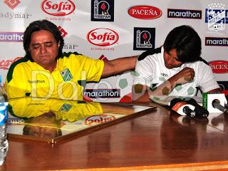 Oriente Petrolero - Keko Álvarez - Marcelo Martins - DaleOoo.com web del Club Oriente Petrolero