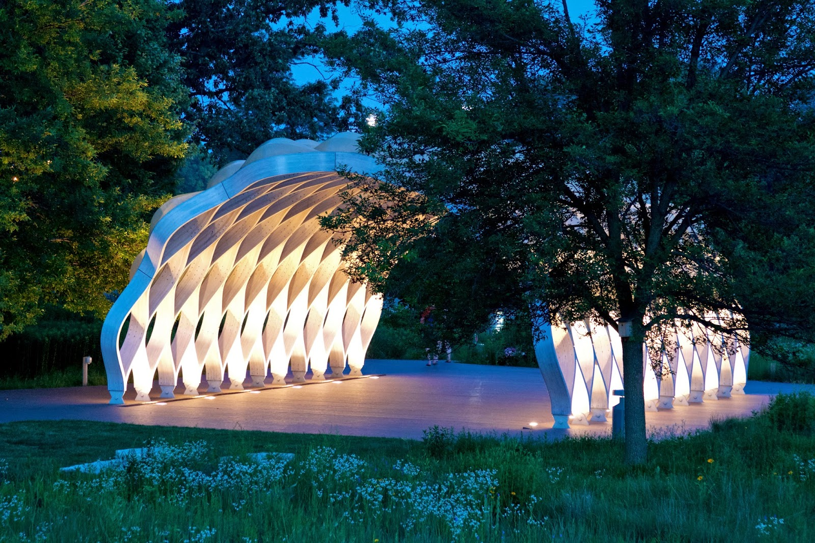 Chicago at night. Lincoln Park South Pond Pavilion. Photo by Tammy Sue Allen Photography.