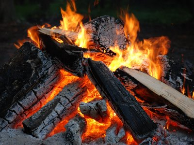 5 Unusual Ways to Make a Fire