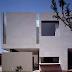 Minimalist Home Design Paracaima