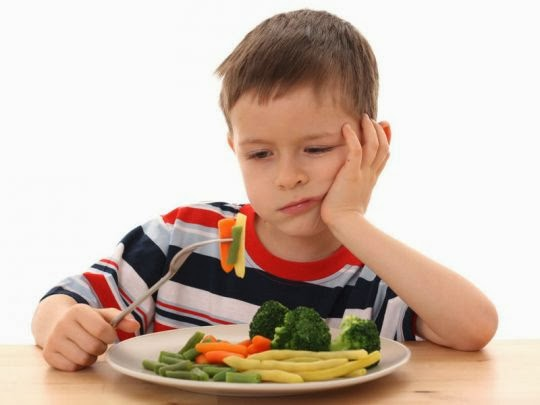 Cara Mengatasi Anak Sulit Makan Saat Sakit