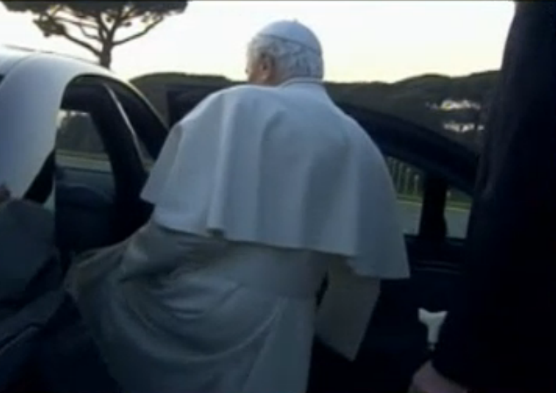 Pope Benedict leaving in a car