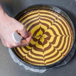 LE STRIATURE DELLA MIA TORTA TIGRATA ALLE MANDORLE? SI FANNO COSI'...