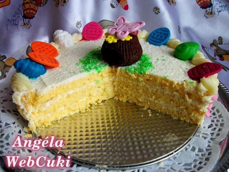 Túrókrémes torta belseje, a vaníliás tésztával, és a citromos túrós krémmel.
