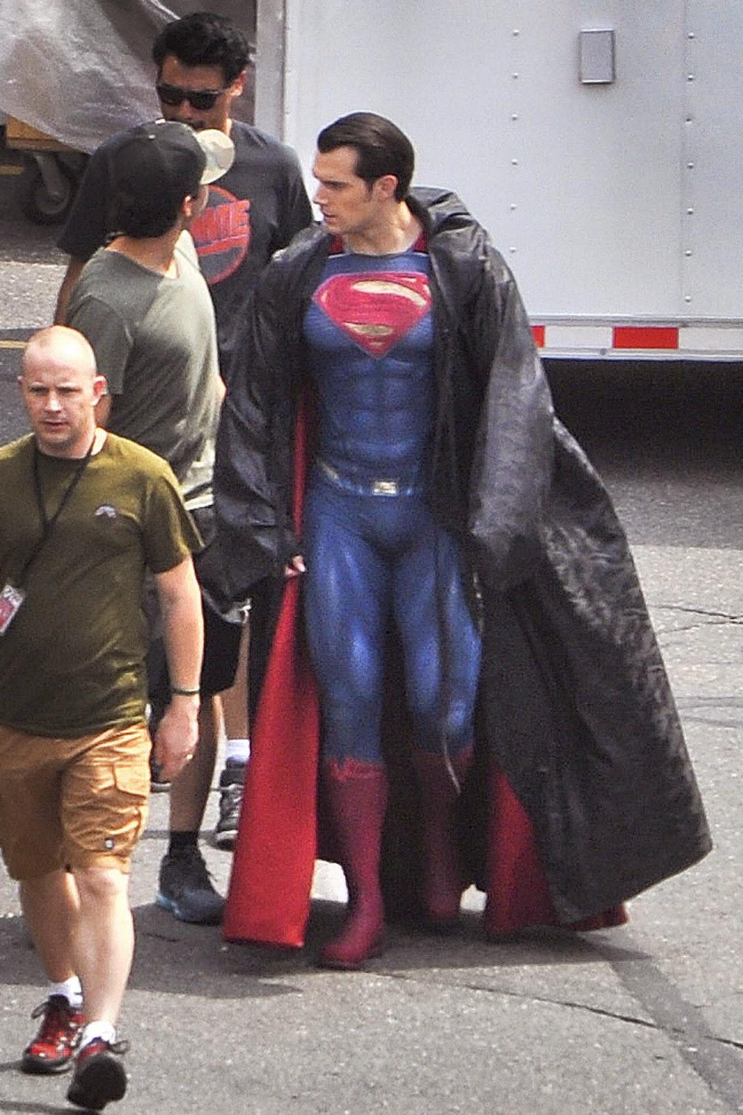 Henry Cavill en el rodaje Batman V Superman: Dawn of Justice