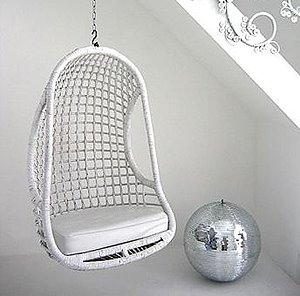 De andar por casas el rinc n de almudena v sillas colgantes for Silla huevo colgante