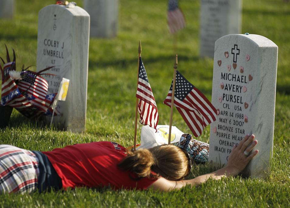 http://3.bp.blogspot.com/-ds6Qgu2pxco/UaOPv4DjwZI/AAAAAAAAAvk/sOY2Slg4XhY/s1600/Memorial+day+2.jpg