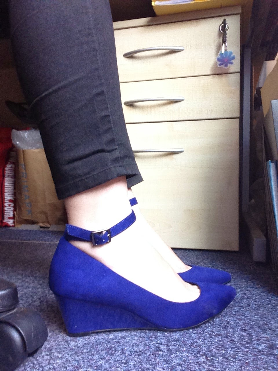 forks and brushes royal blue half wedges that you can run in