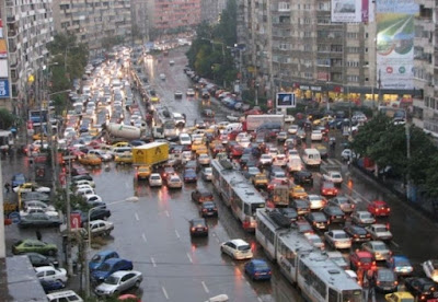 közlekedés, Románia, Bukarest, felmérés, forgalmi dugó,