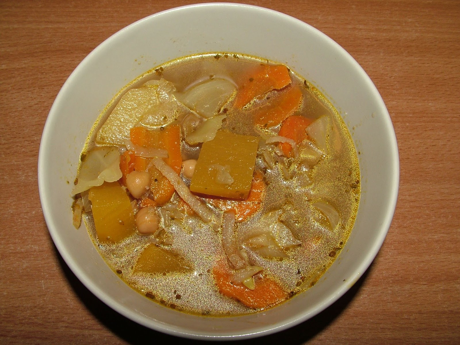 Zupa warzywna z dynią