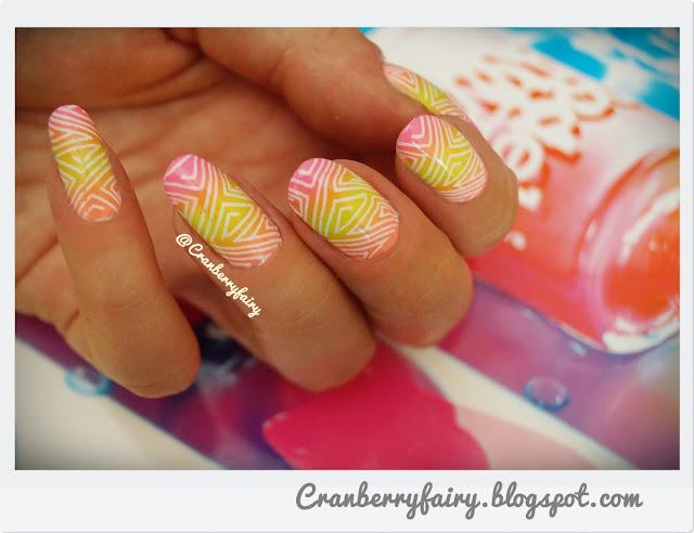 wakacyjne paznokcie