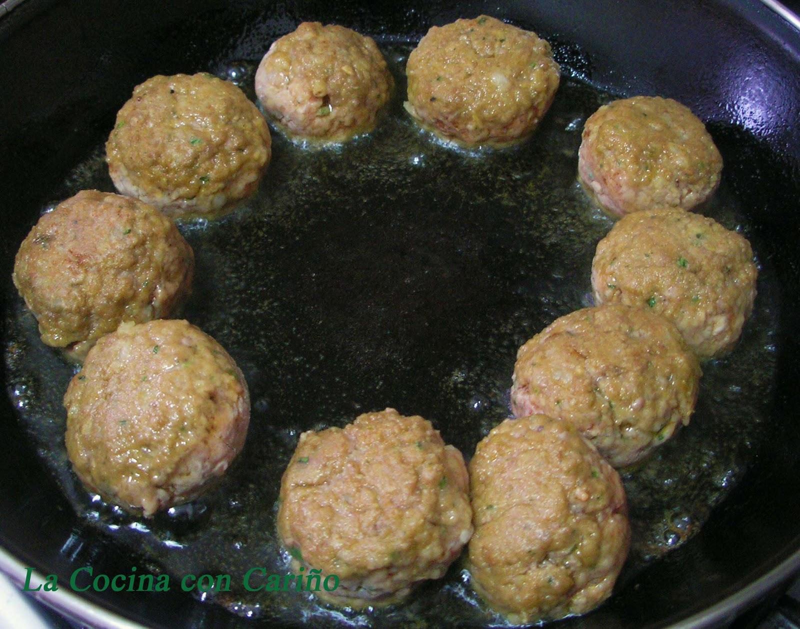 La cocina con cari o alb ndigas francesas con salsa de - Guarnicion para albondigas ...