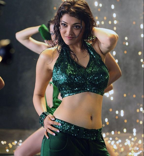 Tollywood Actress Kajal Agarwal Hot Navel Show in Green ...