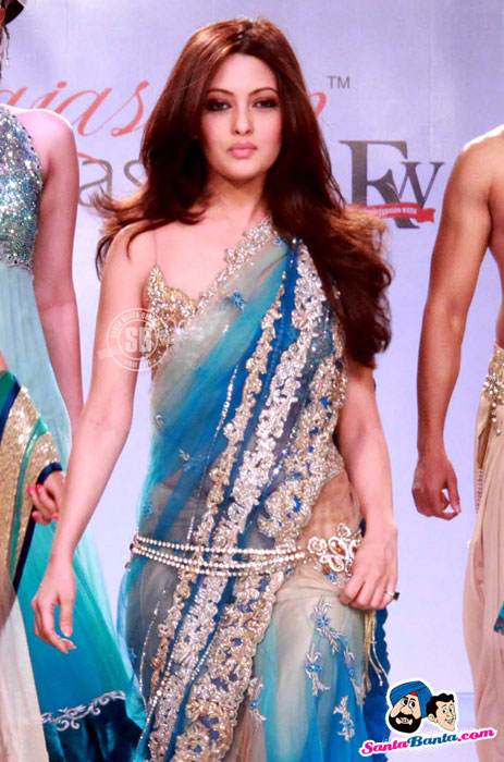 Riya Sen - Rajasthan Fashion Week 2012
