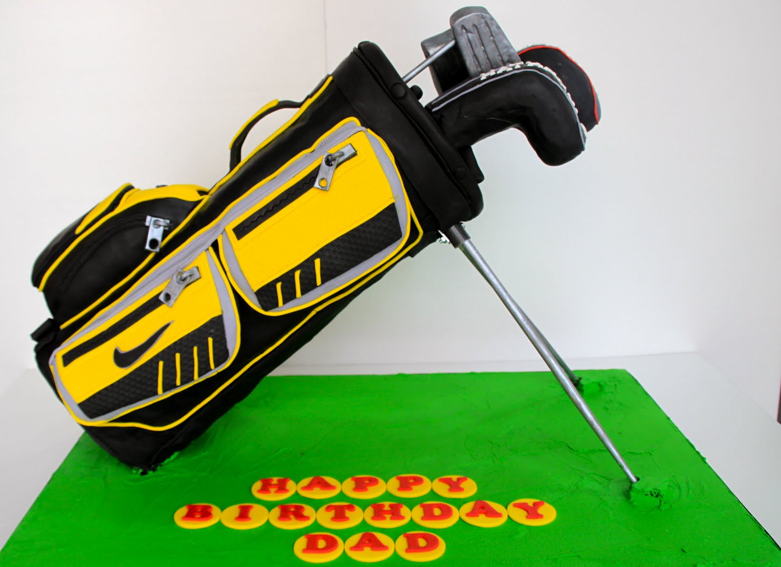 Celebrate with Cake!: Golf Bag Cake
