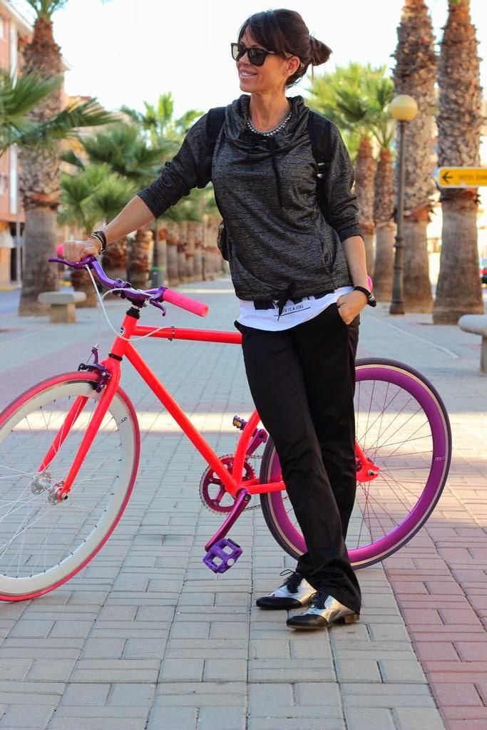 sudadera Oysho- bicicleta fixie- calzado blucher