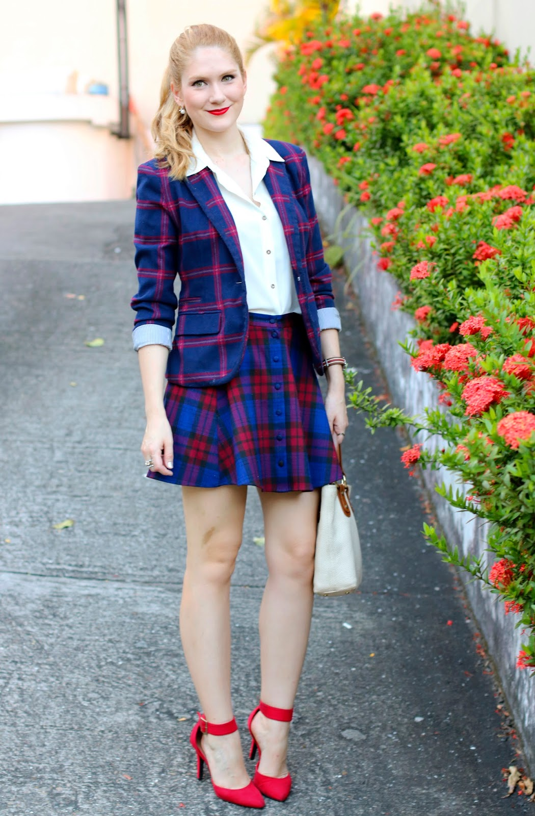 Cute plaid outfit for the holidays!