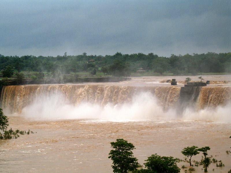 Niagara Falls of India | Chitrakot Falls, Chhattisgarh