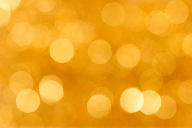 Blurry Dots Golden Wallpaper
