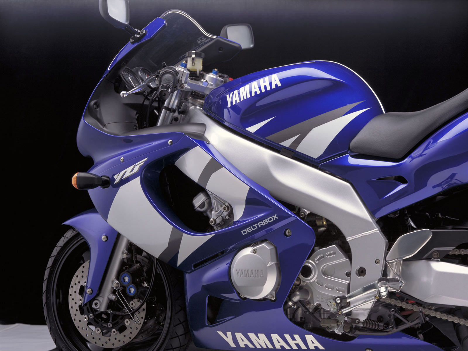 2002 YAMAHA YZH 600 R Thundercat pictures