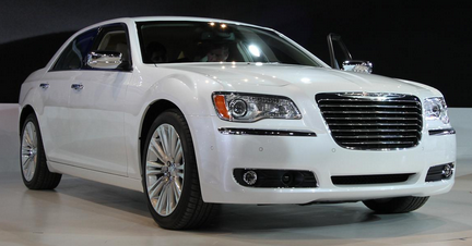 Chrysler 300C SRT8 Review UK